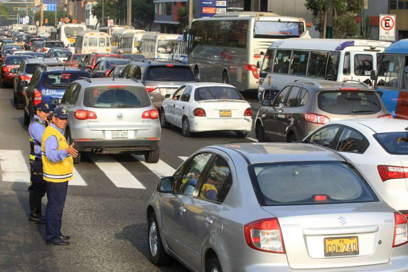 Trânsito no Peru