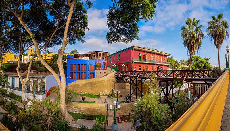 Ponte do Suspiro no bairro Barranco em Lima