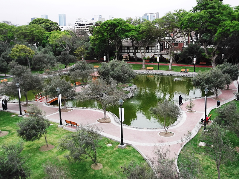 Vista aérea do Parque el Olivar em Lima