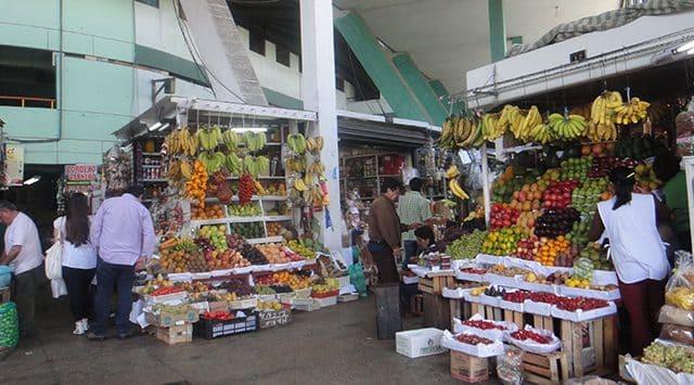 Mercado Surquillo em Lima