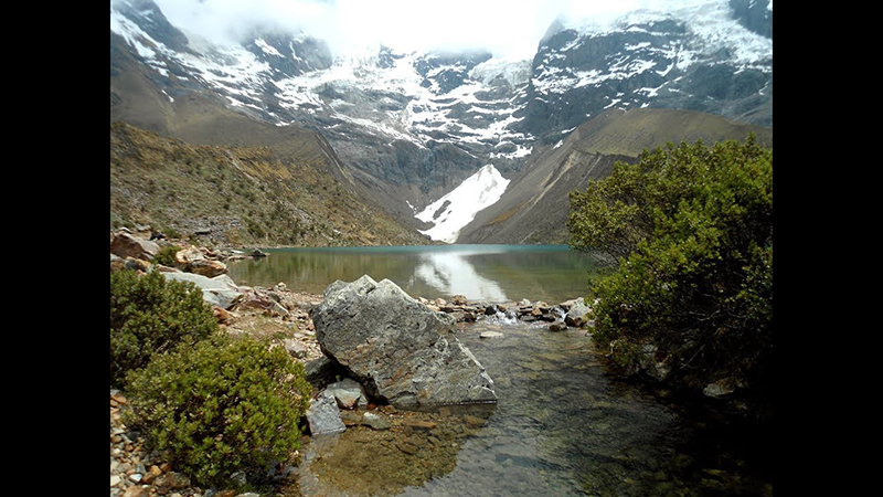 Caminho da Laguna Humantay no Peru
