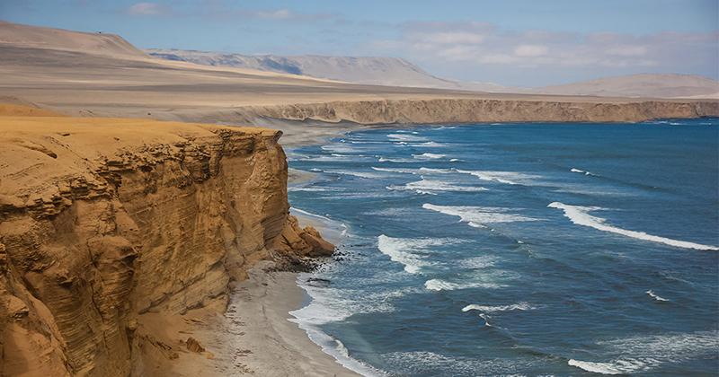 Vista do Deserto de Paracas no Peru