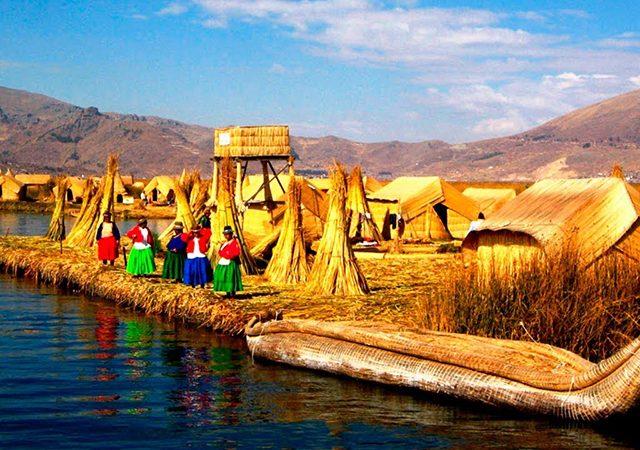 Ilhas de Uros no Peru