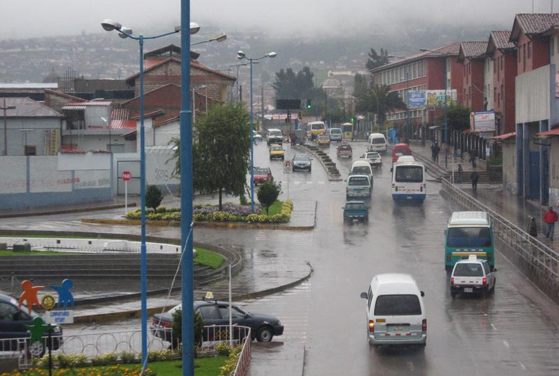 Trânsito em Cusco