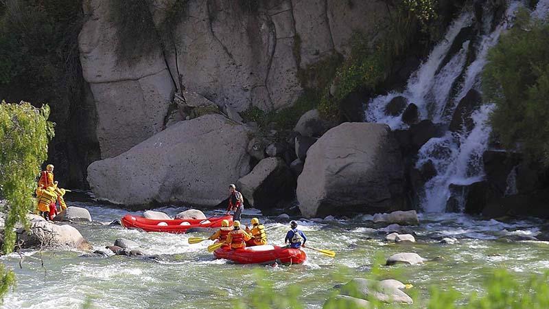 Passeio de rafting pelo Rio Chili em Arequipa